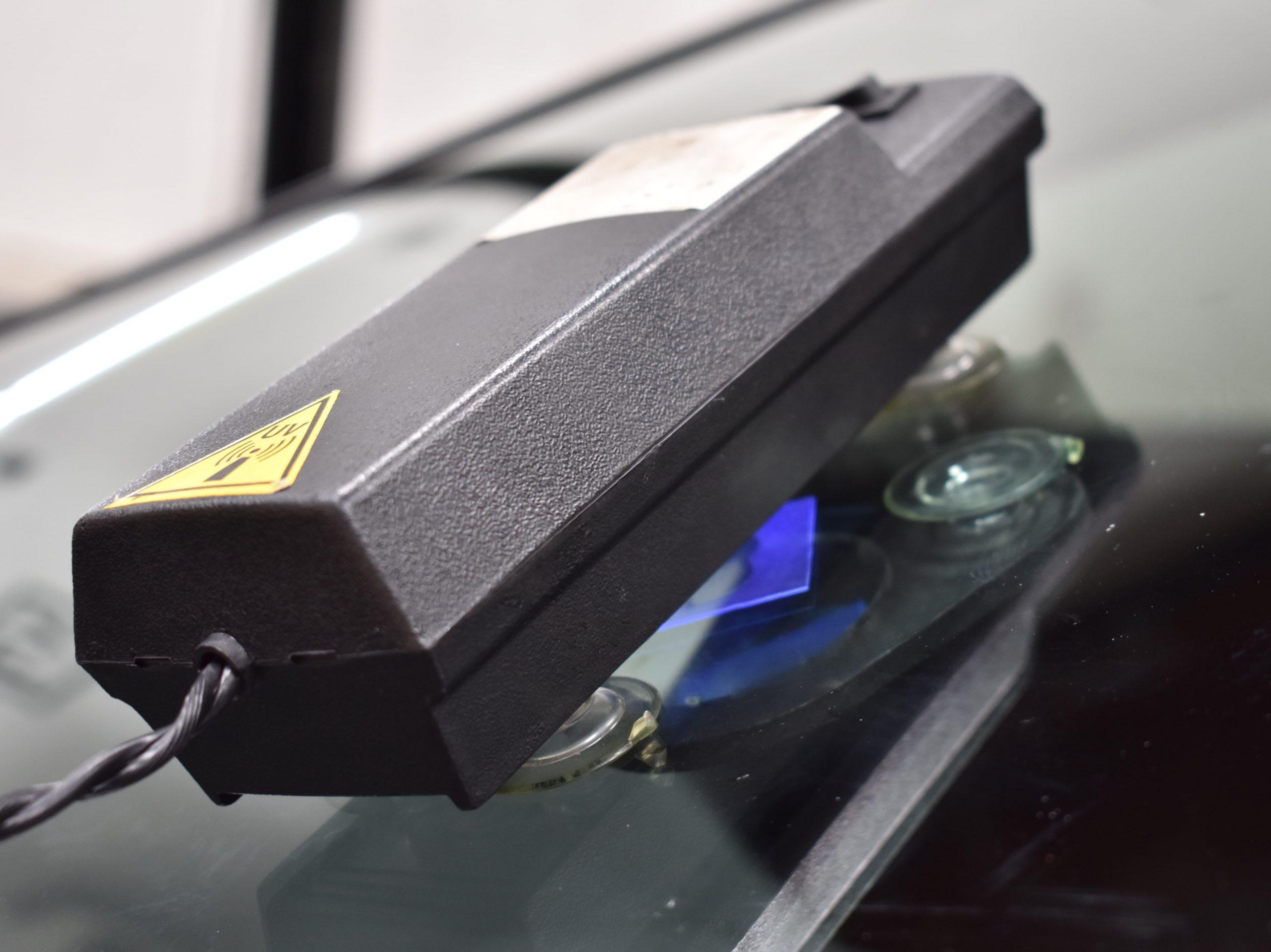 windshield chip repair - uv light
